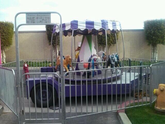 Merry Go Round /Circus An.